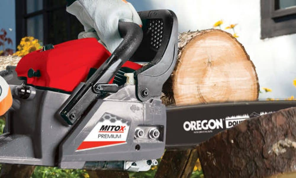 How to Cut Logs with a Chainsaw: The Right Way – Our Two-Part Guide